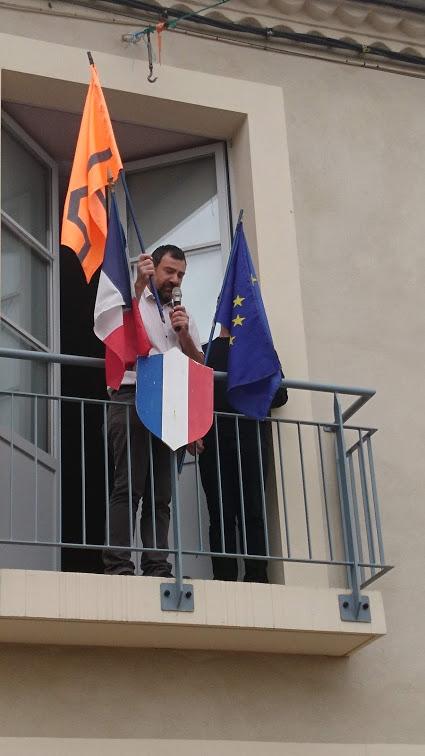 pascal-lievre-marche-des-visibilites-migrantes-aurignac-les-abattoirs-musee-aurignacien-alter-ego-drapeau-de-lexil-02