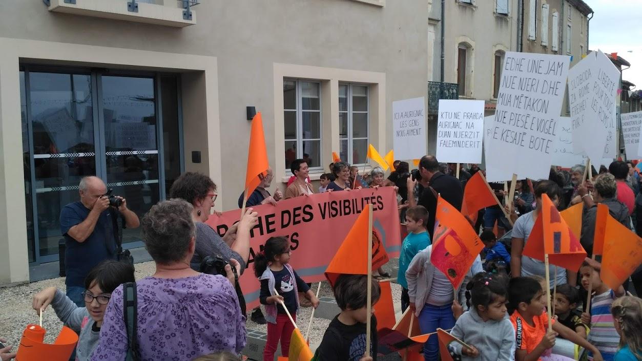 pascal-lievre-marche-des-visibilites-migrantes-aurignac-les-abattoirs-musee-aurignacien-alter-ego-drapeau-de-lexil-05