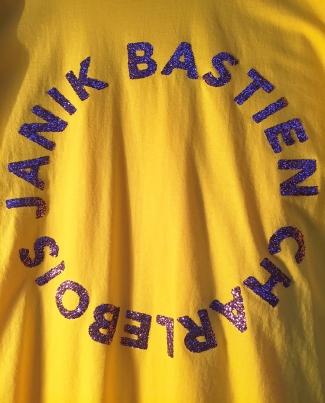 janik-bastien-charlebois-tee-shirt-inter-activist-intersexes-pascal-lievre